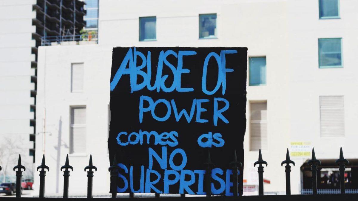 abuso de poder